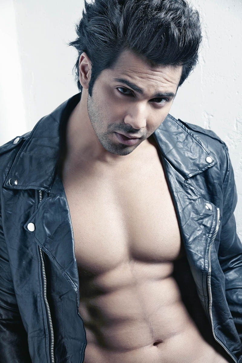 Dekho Sabse Sexy Varun Dhawan Images - Wallpaper , Photos In HD 5