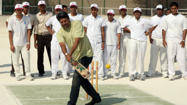 Download Kapil Dev Images ,Photo , Wallpapers in HD Quality 9