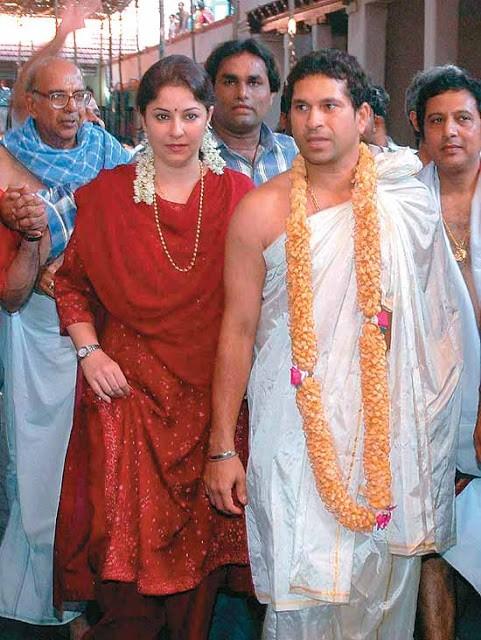 Sachin With His Wife anjali tendulkar