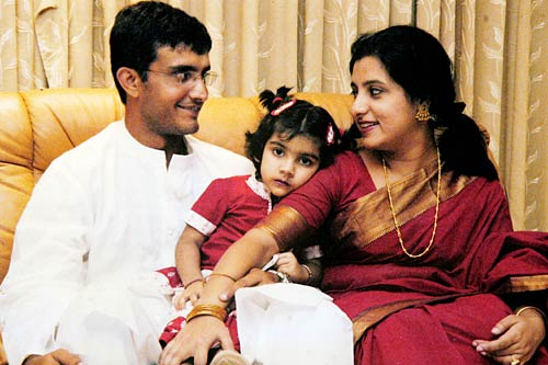 Sourav Ganguly Images with wife1