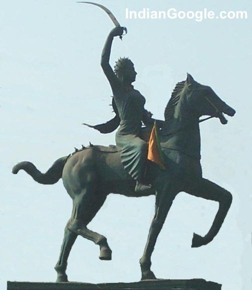 Statue-of-a-horse-ridden-by-a-woman-holding-a-sword-503x580