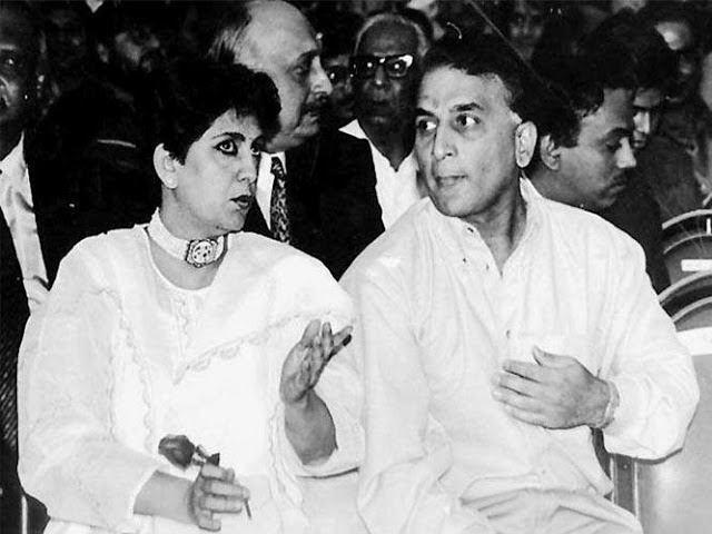 Sunil-Gavaskar-with-his-wife-Marshneil4