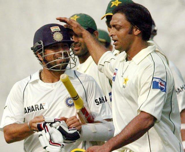 Sachin Tendulkar with Shoaib Akhtar