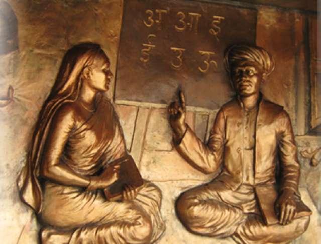 Savitribai Phule in Hindi भारत की प्रथम शिक्षिका सावित्रीबाई फुले 3