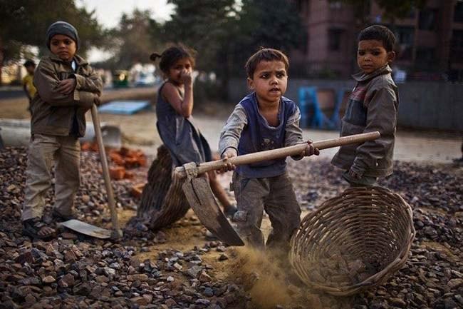 बाल श्रम पर निबंध - Essay on Child Labour in Hindi 2018 1